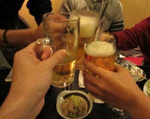友達,飲み会,20歳,お酒